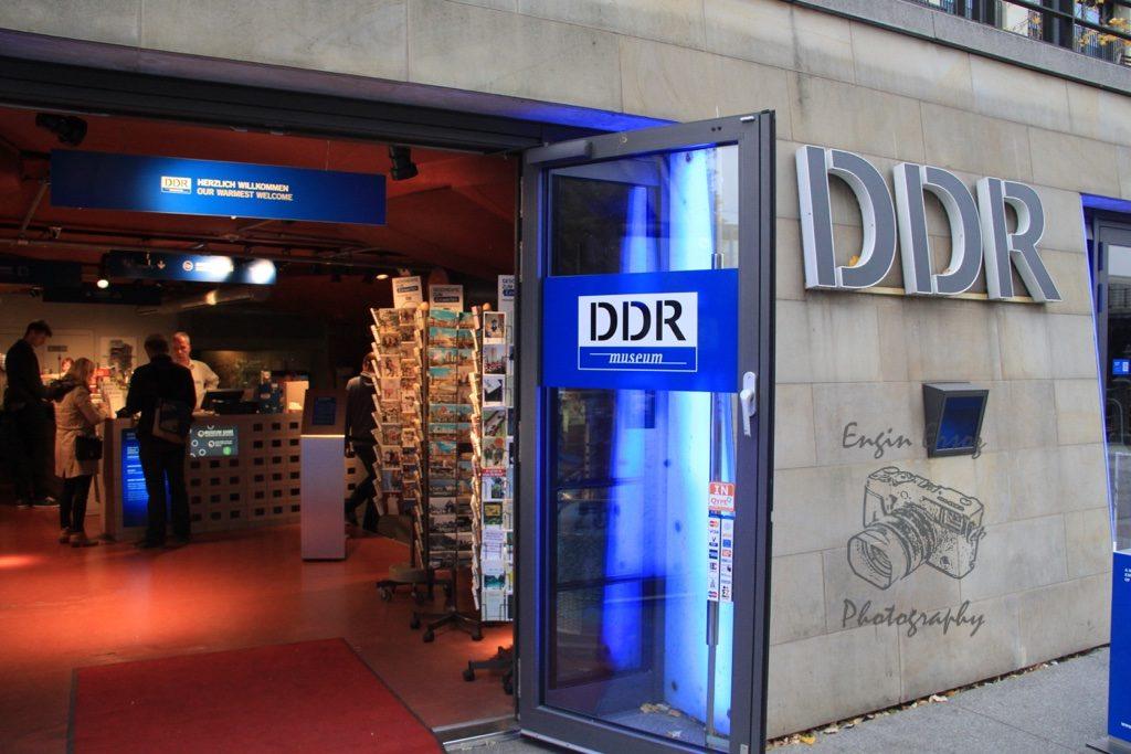 DDR Museum'da Doğu Berlin'deki yaşam hakkında birçok sorunuzun cevabını bulabilirsiniz.