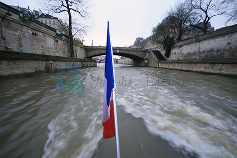 Sein Nehri ve Paris
