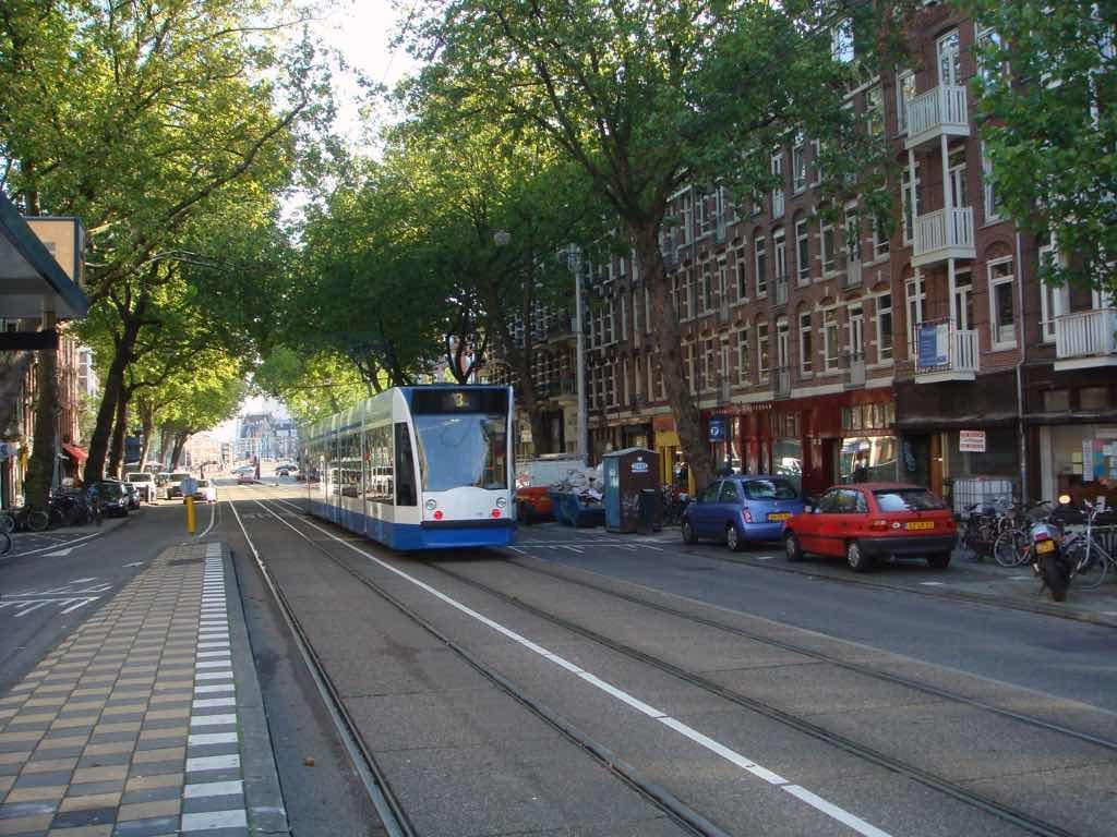 Amsterdam'da yaygın bir Tramvay Ağı bulunuyor.