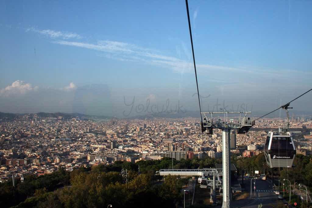 Barselona panoraması Teleferic de Montjuic ile görülebiliyor