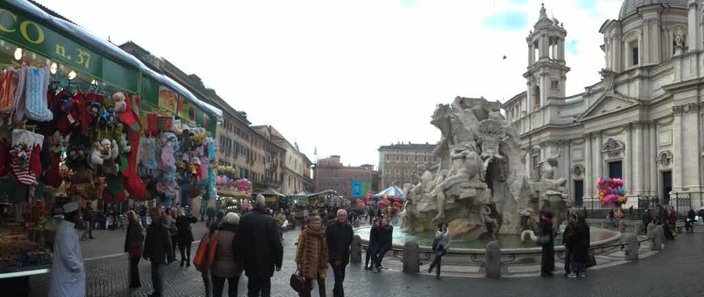 Roma Meydanları Roma'da her yerde önünüze aniden çıkabilir.