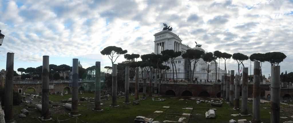 Vittorio Emanuele II Roma'nın Düğün Pastası olarak da bilinen yapısı