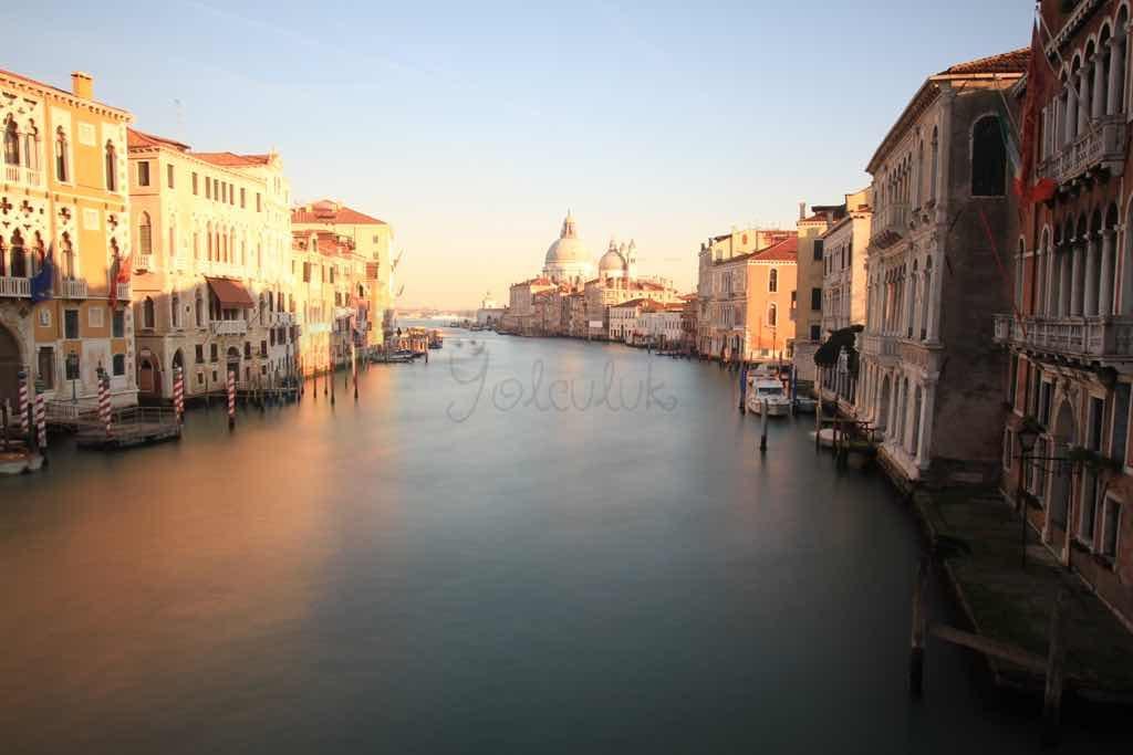 Accademia Köprüsünden venedik manzarası belki de en özel olan
