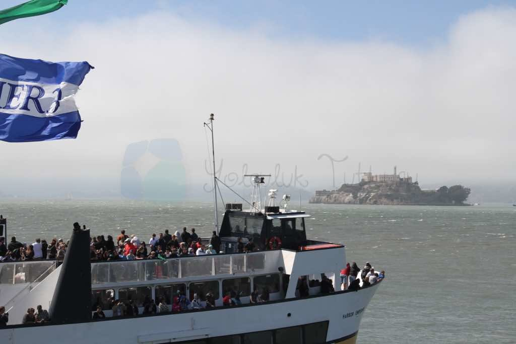 Alcatraz Feribotu