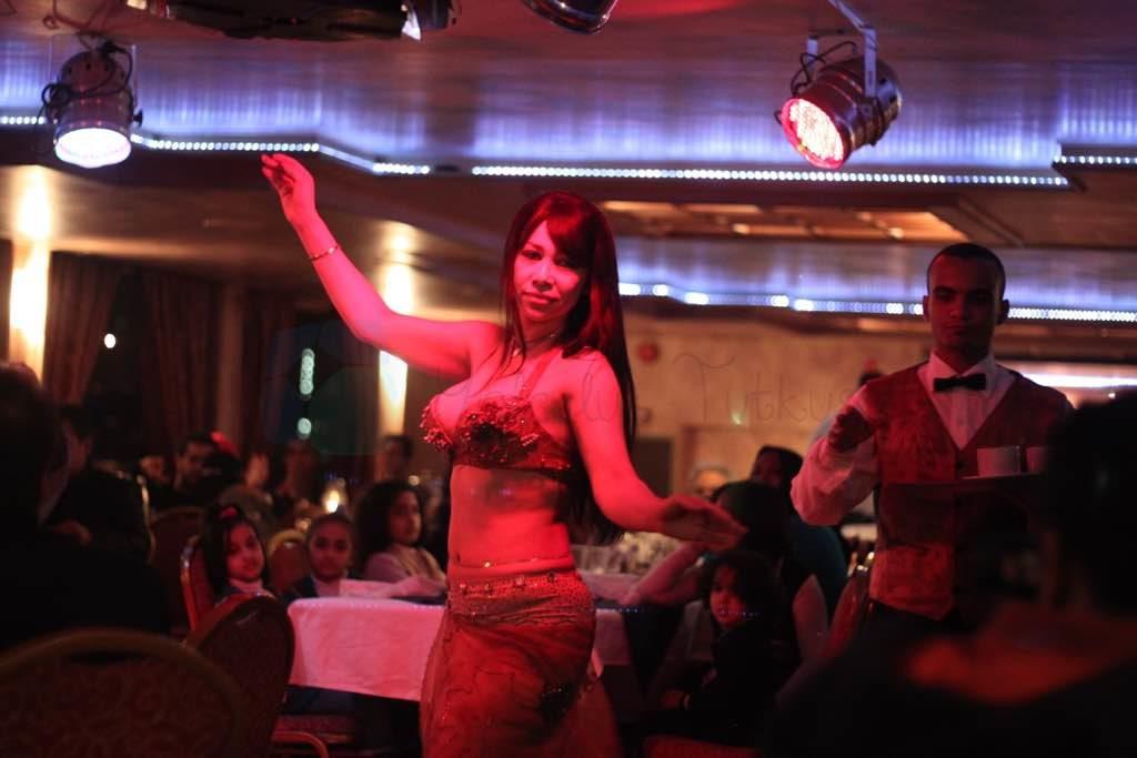 Mısır Göbek Dansı