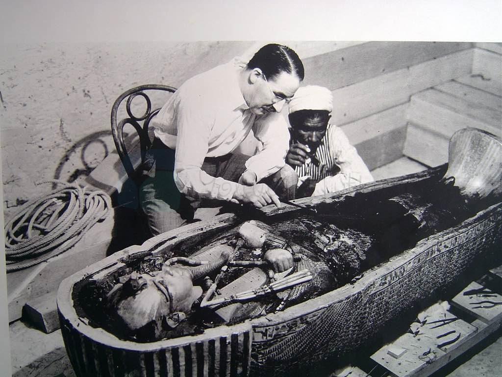 Tutankhamun'un Mezarının bulunduğu ve ilk girildiğinde çekilen fotoğraflar.