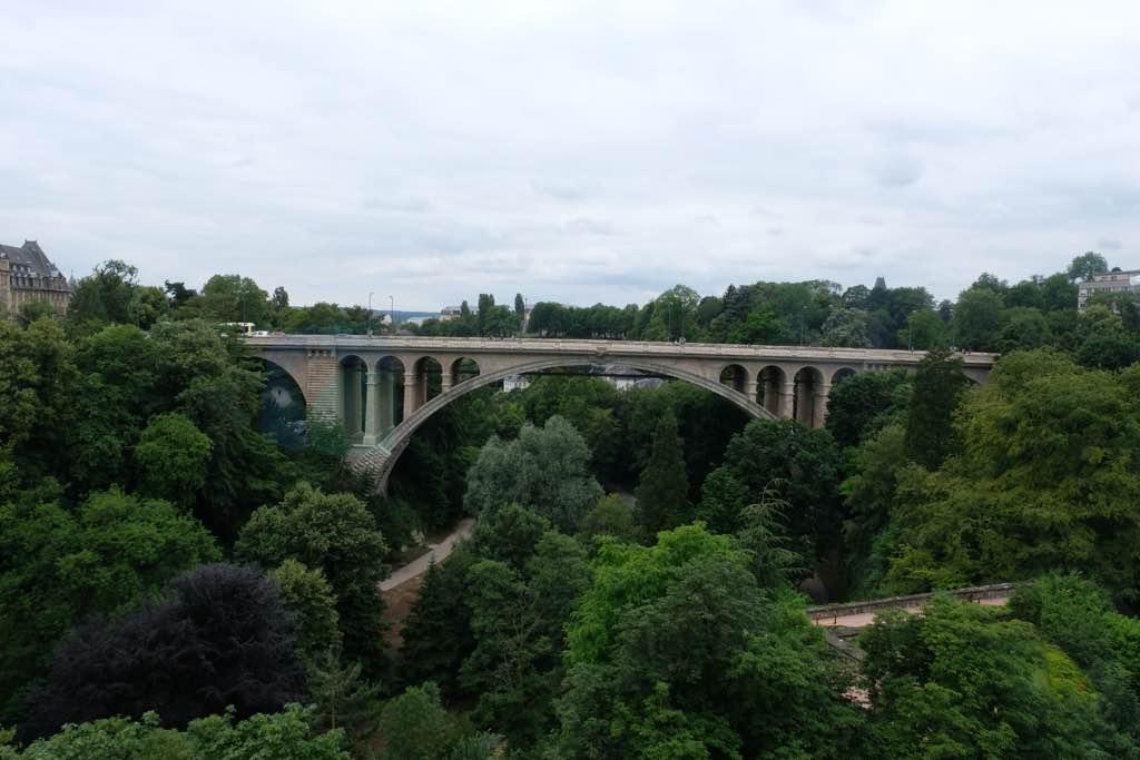 Alzette Vadisi ve Adolphe Köprüsü