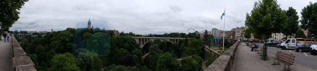 Place de Constution'dan Alzette Vadisi ve Adolphe Köprüsü
