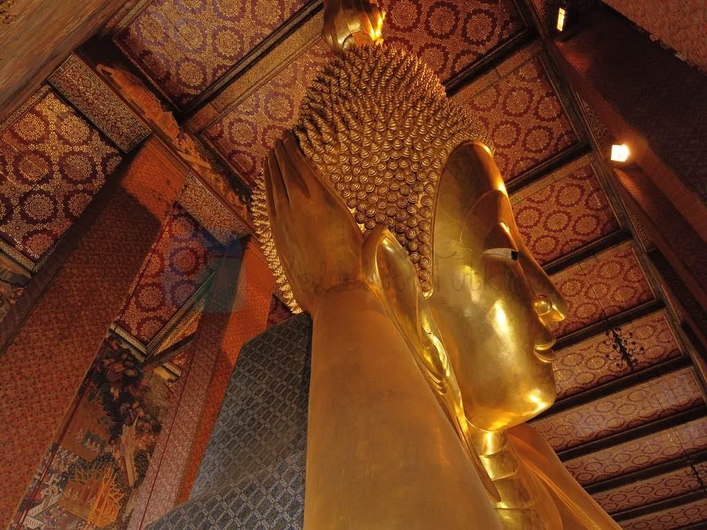 Wat Pho Bangkok'da önemli bir tapınak