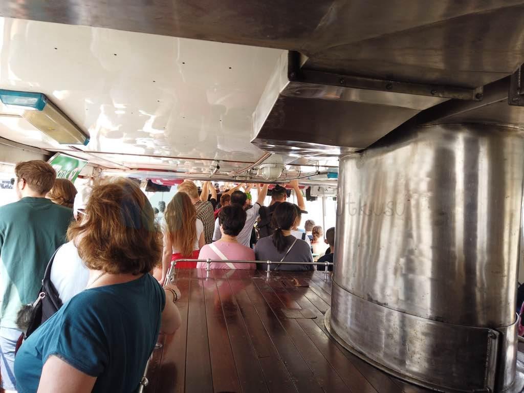 Turuncu hat Bangkok nehir ulaşımı için önemli