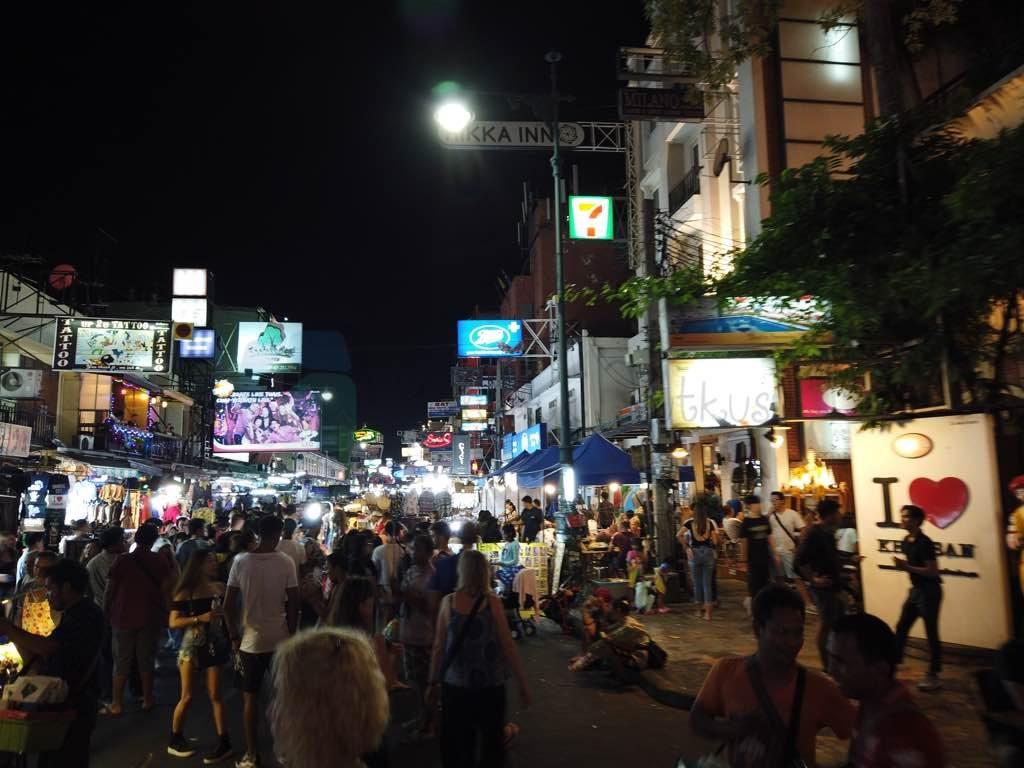 Khao San Road Bangkok da sevemediğimiz bir cadde