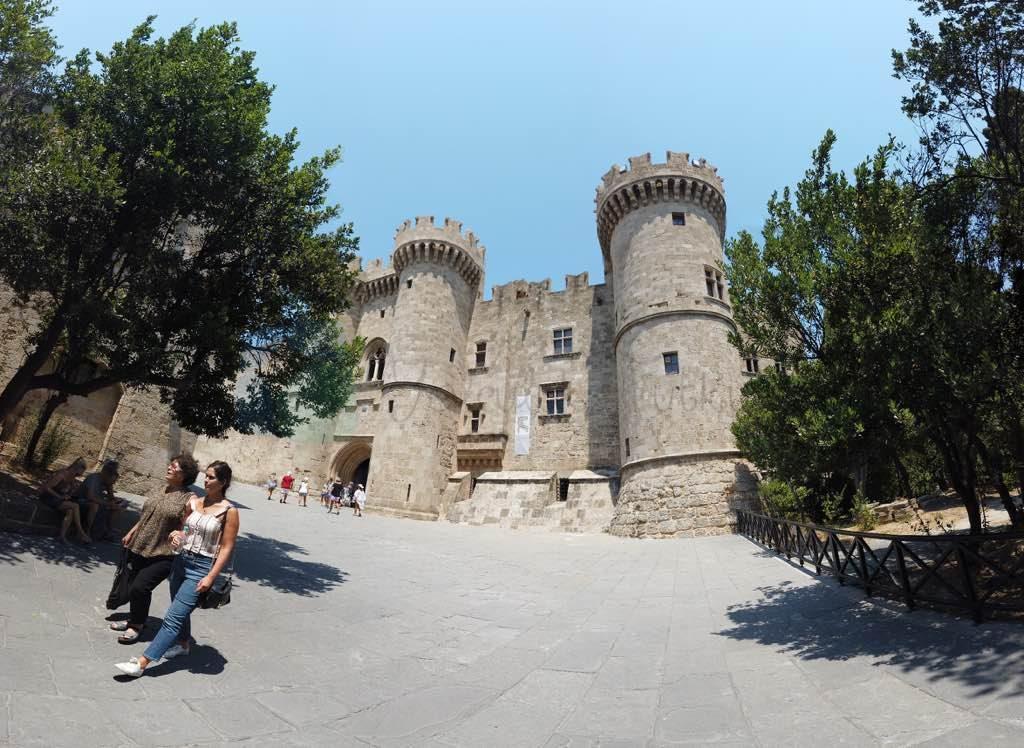 Rodos Üstadlar Sarayı