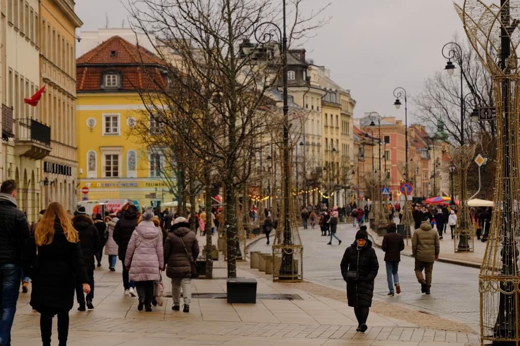 Nowy Swiat Varşova nın en ünlü caddesi